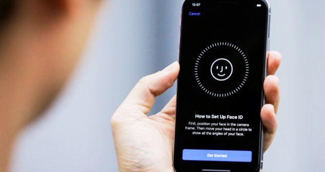 گوشی آیفون و آیپدهای اپل توسط شرکت اپل مجهز به فیس آیدی خواهد شد